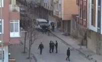 YANGIN TÜPÜ - Bombalı Minibüs Soruşturmasında 5 Gözaltı Daha