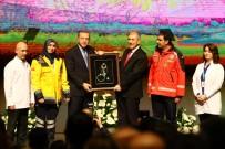 SAĞLIK ÇALIŞANI - Cumhurbaşkanı Erdoğan Açıklaması 'Bizim İçin Teröristin Konumu Neyse Bunların Konumu Da O'