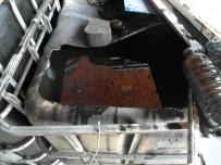 KAÇAK AKARYAKIT - Denizli'de 5 Bin 400 Litre Karışımlı Akaryakıt Ele Geçirildi