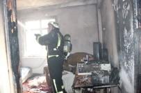Filistinli Ailenin Kaldığı Evdeki Yangında 5 Kişi Dumandan Etkilendi