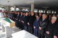 ERDOĞAN BEKTAŞ - Gençlik Ve Spor Bakanı Osman Aşkın Bak'ın Acı Günü