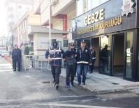 ZİYNET EŞYASI - Gündüz Vakti Girdikleri Evi Soyan 3 Hırsız Tutuklandı