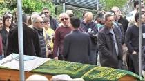 TUTUKLULUK SÜRESİ - Kiracıları Tarafından Öldürülen Şahsın Cenazesi Toprağa Verildi