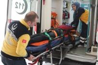 KOCAELI ÜNIVERSITESI - Kontrolden Çıkan Kamyon, 15 Metre Yükseklikten Tarlaya Uçtu Açıklaması 3 Yaralı