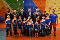 ÖĞRENCILIK - Milli Takıma Seçilen Minik Sporcular Ödüllendirildi