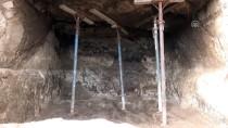 ARKEOLOJI - Muğla'da İnşaat Kazısında Kaya Mezarlarının Bulunması