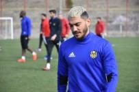 MURAT YILDIRIM - Murat Yıldırım Evkur Yeni Malatyaspor'da Mutlu