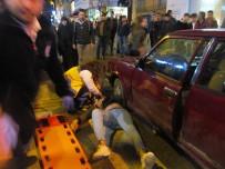 AKBANK - Otomobilin Altında Metrelerce Sürüklendi