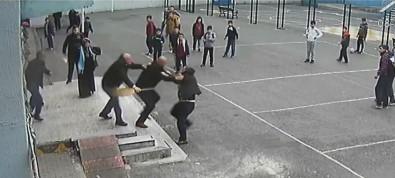 Veliden öğretmene yumruklu saldırı