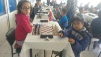 YEŞİLAY HAFTASI - Satranç Turnuvasına Çamlıca Okulları Damgası