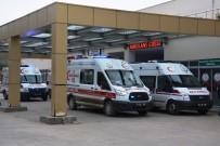 BEYİN KANAMASI - Trabzon Havalimanı'na Acil İniş Yapan Uçaktaki Hasta Kanuni Eğitim Ve Araştırma Hastanesi'ne Kaldırıldı