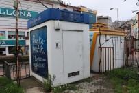 OLAY YERİ İNCELEME - Alarmını Köpük Sıkarak Susturmaya Çalıştıkları ATM'yi Soymaya Kalktılar
