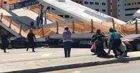FLORIDA - Amerika'da Üst Geçit Çöktü Açıklaması 1 Ölü, 6 Yaralı