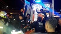 TRAFİK YOĞUNLUĞU - Bahçelievler'de Otomobil Bariyerlere Çarptı Açıklaması 1 Yaralı
