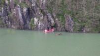 Baraj Gölünde İçinde Bulunduğu Teknenin Alabora Olması Sonucu Kayıp Olan Şahsı Arama Çalışmaları Sürüyor