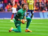 SÜPER LIG - Galatasaray'da Fenerbahçe Maçlarının En Deneyimlisi Muslera