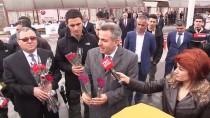 SÜLEYMAN ELBAN - İranlı Misafirler Sınır Kapısında Törenle Karşılandı