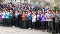 İPEKYOLU - Manisa'dan Van'a 'Kardeşlerimiz Üşümesin' Kargosu