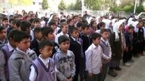 İMAM HATİP ORTAOKULU - Öğrenciler Afrin Şehidinin Ailesini Yalnız Bırakmıyor