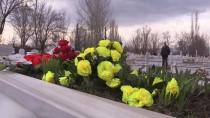 BAYRAM HAVASI - 'Ölü Bayramı'yla Kabirler Güzelleşecek