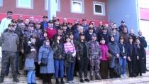 ÖZEL HAREKATÇI - Özel Harekatçılar Şehit Ailelerini Duygulandırdı