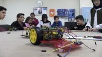ROBOT - 'Robotik Kodlama' İle Teknolojiyi Öğreniyorlar