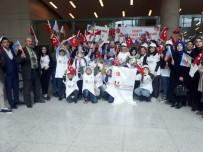 SAVUNMA BAKANLIĞI - Türk Şehit Çocukları, Azerbaycanlı Şehit Çocuklarını Karşıladı