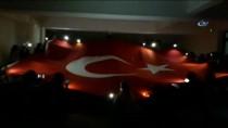 MUSTAFA GÜL - Üniversite Öğrencilerinden Mehmetçiğe Işıklı Ve Şiirli Destek
