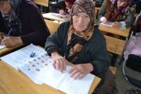 OKUMA YAZMA KURSU - 85 Yaşında Okuma Yazma Öğreniyor