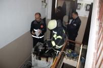 TEKERLEKLİ SANDALYE - Alev Alan Çamaşır Makinesi Korkuttu