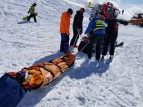 İÇIŞLERI BAKANLıĞı - Arıza Yapan Telesiyej Yolcuları Fırlattı Açıklaması 10 Yaralı