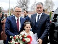 MALIYE BAKANLıĞı - Bakan Ağbal, Malatya Büyükşehir Belediye Başkanı Çakır'ı Ziyaret Etti