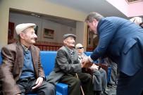 BAŞÖRTÜSÜ - Başkan Palancıoğlu Huzurevini Ziyaret Etti