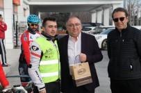 Başkan Salman, Bolulu Bisikletçileri Çanakkale'ye Uğurladı