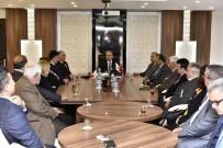 GAZİLER DERNEĞİ - Başkan Uysal, Gazileri Ağırladı