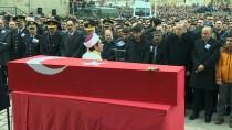 GENÇLİK VE SPOR BAKANI - Cumhurbaşkanı Erdoğan, Şehit Teğmenin Cenaze Törenine Katıldı