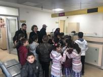 İLKÖĞRETİM OKULU - Geyveli Öğrenciler Mektuplarını Dualarla Afrin'e Gönderdi