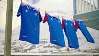 HıRVATISTAN - İzlanda, Dünya Kupası'nda Giyeceği Formaları Tanıttı