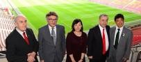 YUTO NAGATOMO - Japon Büyükelçiden Galatasaray'a Ziyaret