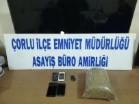 SENTETIK - Lüks Otomobilde Uyuşturucu Ele Geçirildi