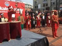 ÇANAKKALE DESTANI - Maltepe'de Vatandaşlara Ekmek Ve Üzüm Hoşafı Dağıtıldı