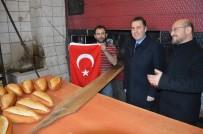 SELAMI KAPANKAYA - Niksar'da Esnafa Türk Bayrağı Dağıtıldı