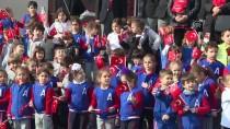 NİLÜFER - Öğrenciler 400 Metrelik Türk Bayrağıyla Yürüdü