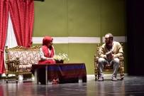 TİYATRO OYUNCUSU - 'Sessiz Çığlık' Adlı Oyun Ayakta Alkışlandı