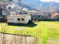 AHMET KARAKAYA - Spor Salonu Yapılacak Arsada İncelemede Bulundular