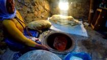 GÜLLÜCE - Tandırdan Çıkan Lezzet Açıklaması Lavaş