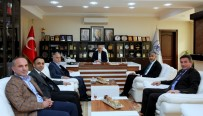 YÜZME KURSU - Tuncay Ulusan'dan Başkan Dişli'ye Ziyaret