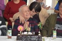 ALZHEIMER - 91'Lik Dede Doğum Gününü Sevdikleriyle Kutladı