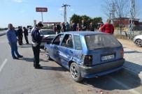 SANAYİ SİTESİ - Adana'da Zincirleme Trafik Kazası Açıklaması 1 Yaralı