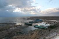KAÇAK - Av Yasağı Başladı, Tekne Sesleri Sustu